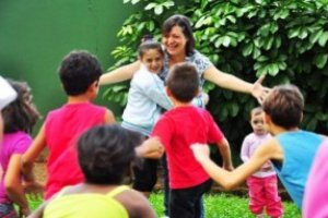 Curso online grátis de Capacitação para Mãe Social