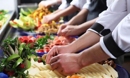 Curso online grátis de Serviços de Alimentação